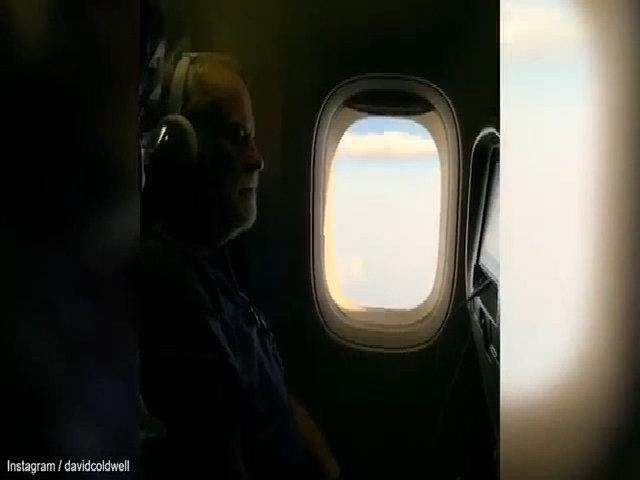 Video máy bay xả nhiên liệu để hạ cánh khẩn cấp