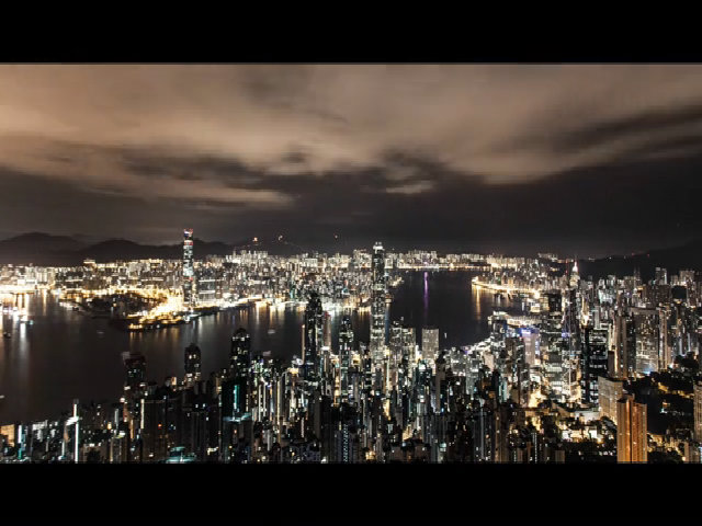 Hong Kong đẹp ảo diệu dưới ánh đèn điện