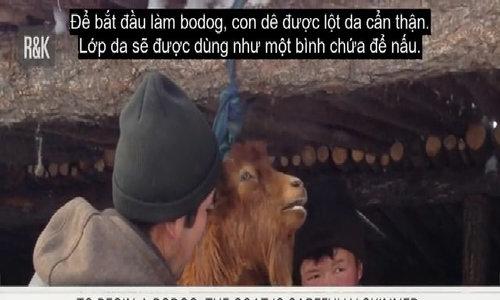 Người Mông Cổ làm thịt dê nướng