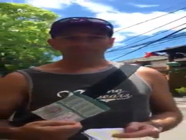 Hội An lên tiếng việc 'ép' khách Tây mua vé vào phố cổ