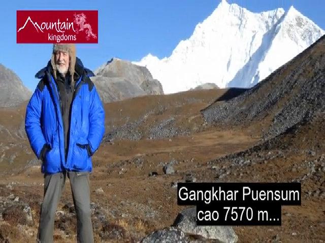 Đỉnh núi cao nhất thế giới không ai được phép chinh phục