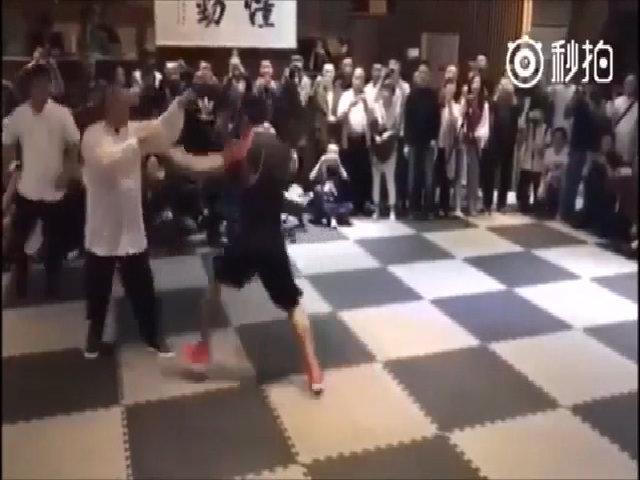 Bên trong club kiếm cơm của những võ sĩ MMA tại Trung Quốc