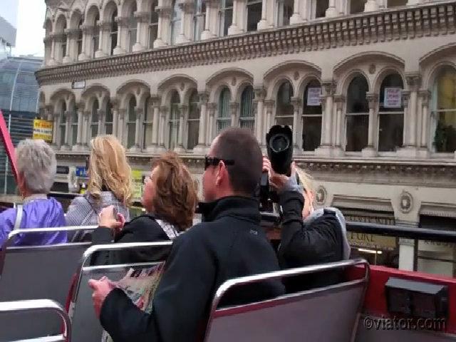 Tour khám phá London bằng buýt hai tầng