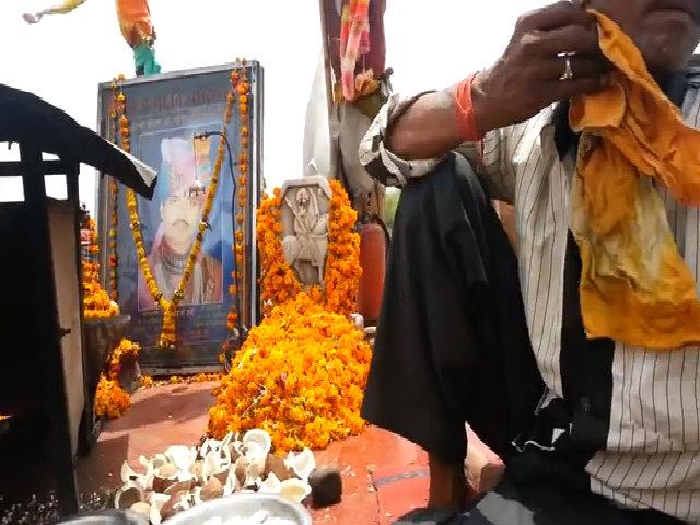 Nơi xe máy cũ được thờ cúng như thần thánh ở Ấn Độ