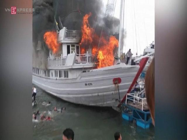 Dừng hoạt động 14 tàu du lịch vỏ gỗ trên vịnh Hạ Long