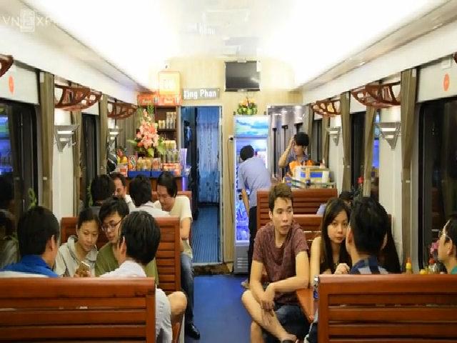 Tàu '5 sao' Sài Gòn – Nha Trang giảm giá vé đến 30%