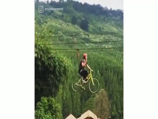 Đạp xe như bay trên trời không cần tập trước