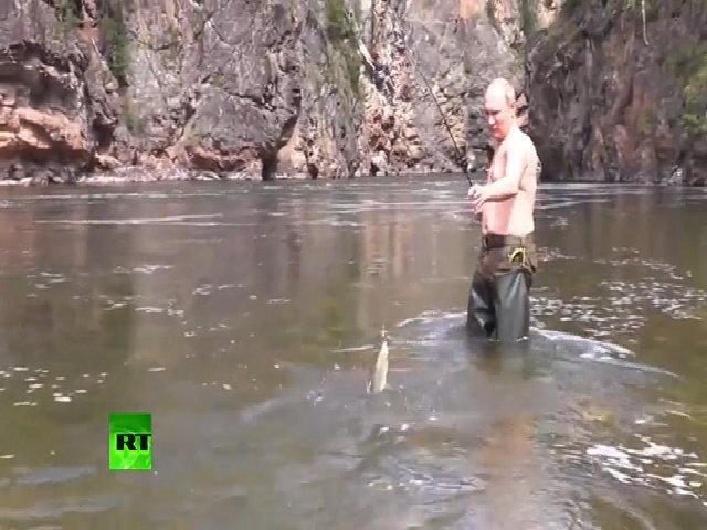Bể bơi dát vàng trong biệt thự nghỉ dưỡng của tổng thống Putin