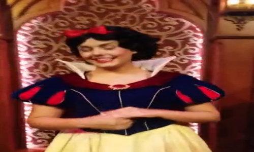 Làm công chúa - nghề không như mơ ở nơi vui vẻ nhất thế giới - Video Embed