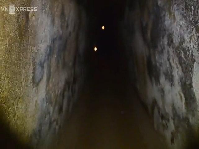 Đường hầm sâu 12m từng là nơi sinh sống của bộ đội Sài Gòn
