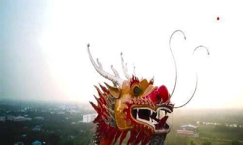 Ngôi đền có rồng bay khổng lồ ở Thái Lan