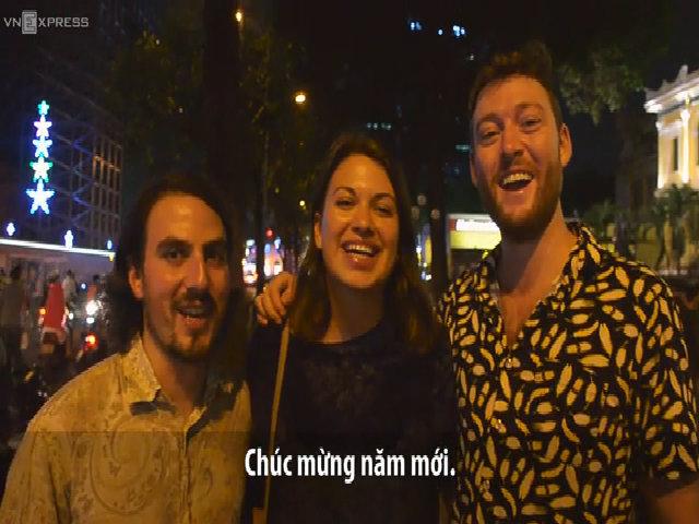 Lý do khách Tây chọn Việt Nam để đón Tết