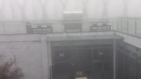 Mưa tuyết xuất hiện trên đỉnh Fansipan