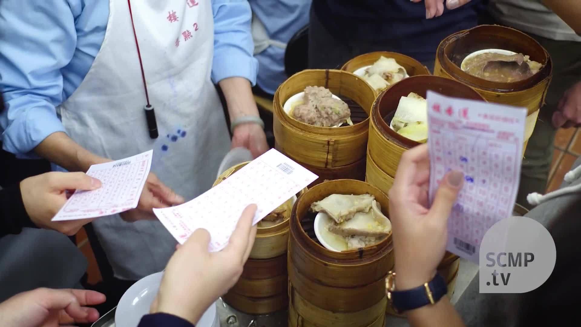 Nhà hàng dimsum 100 năm tuổi nổi tiếng ở Hong Kong