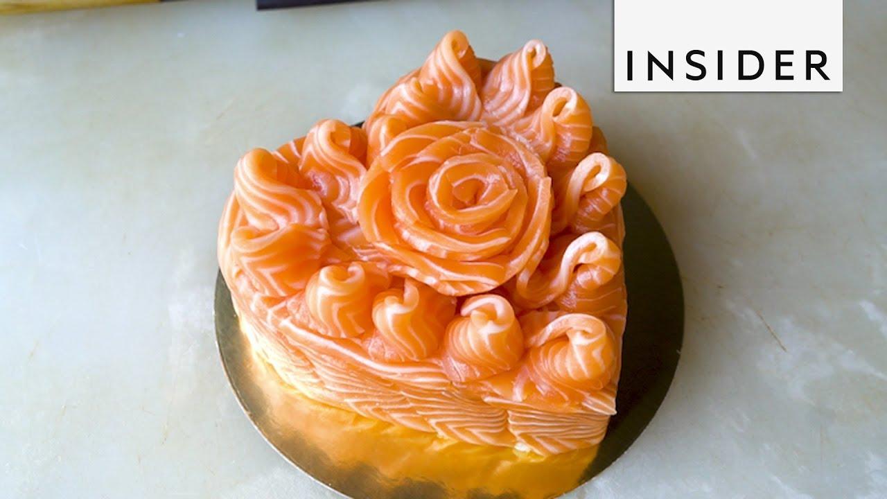 Bánh sinh nhật làm từ sushi cá hồi khiến thực khách phát thèm
