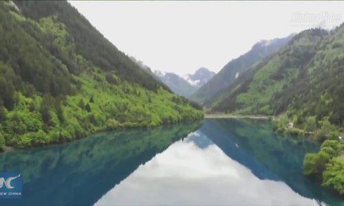 Vẻ đẹp mùa hè ở Cửu Trại Câu sau động đất