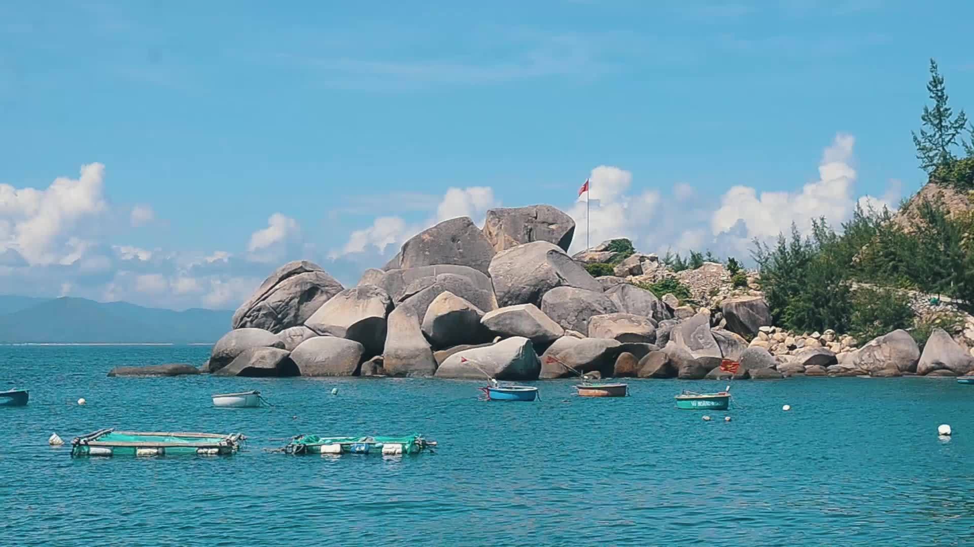 90 giây dạo quanh Cù Lao Xanh ở Bình Định