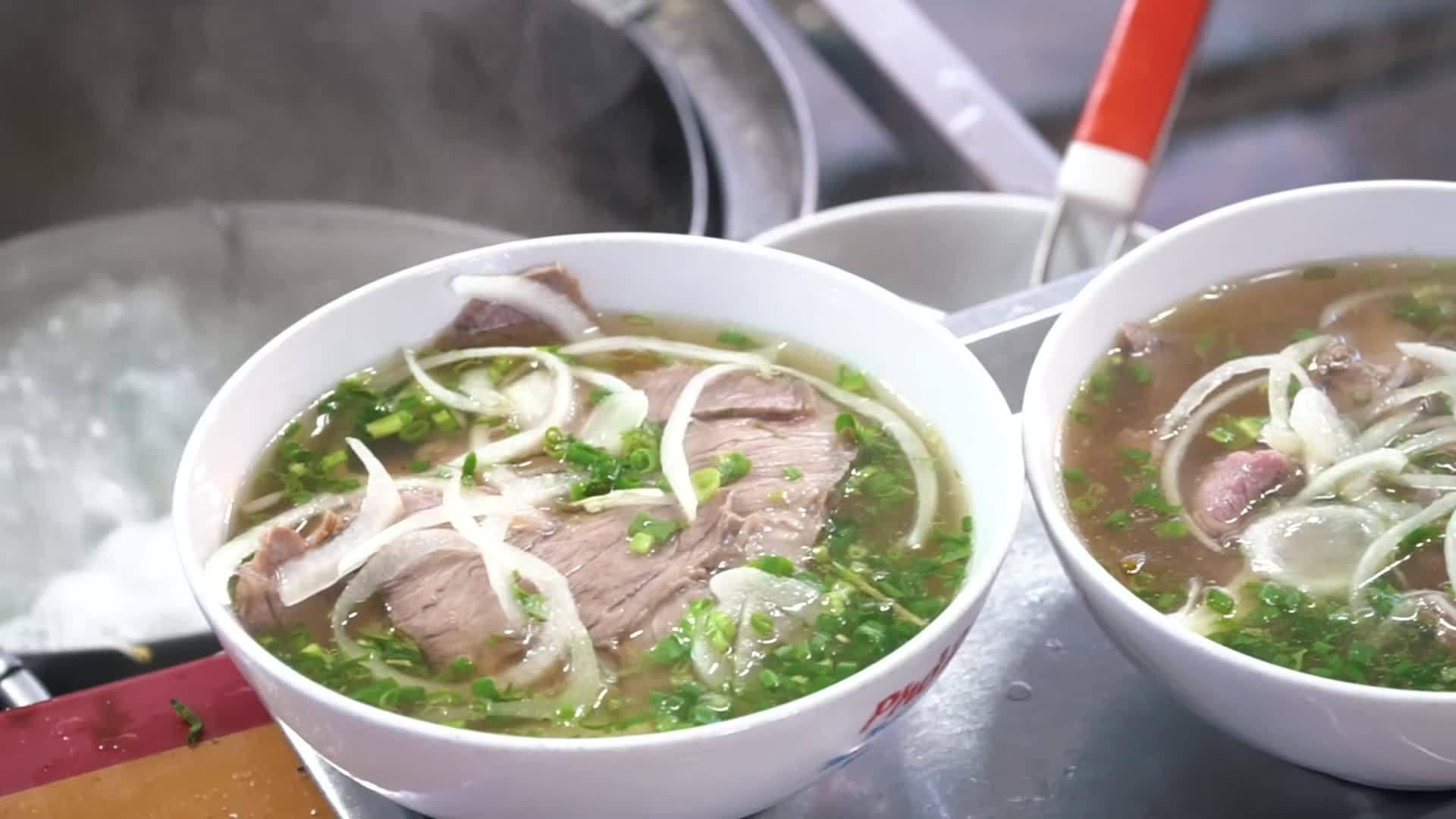 Phở Việt Nam đứng đầu danh sách các món mì ngon nhất châu Á