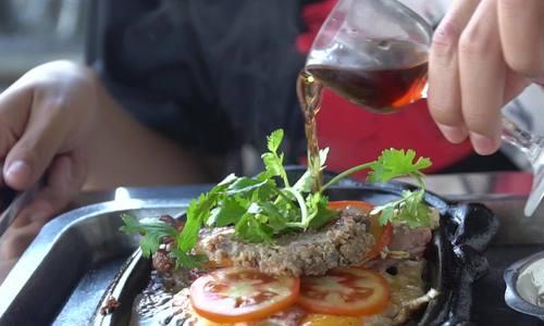 'Bò Bifteck' rưới rượu nho gần 25 năm của cô giáo ở Sa Đéc