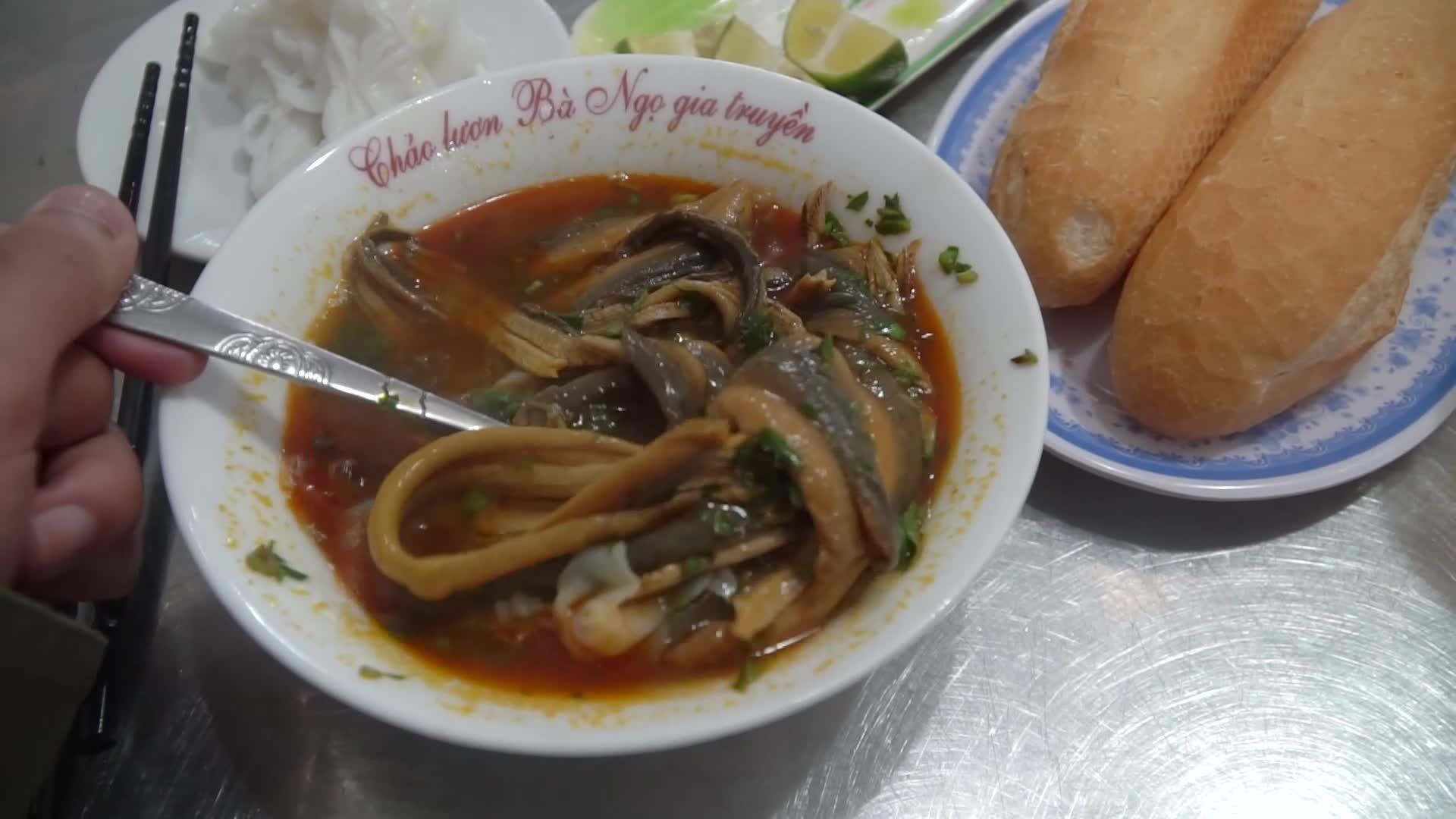 Cháo lươn bà Ngọ TP Vinh