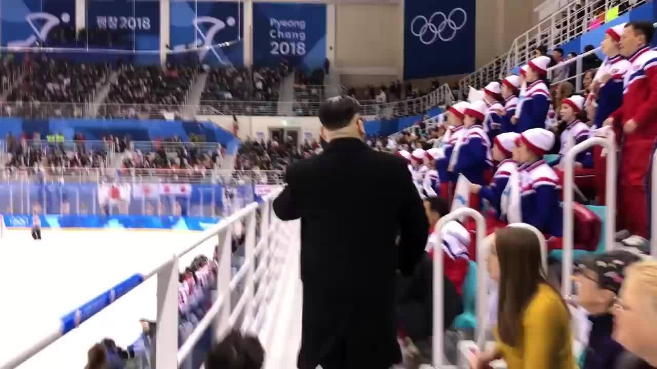 Kim Trump giả gặp nhau ở thế vận hội Pyong Cheong