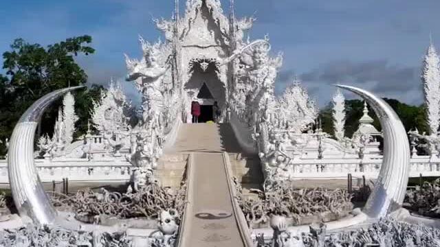 Ngôi đền kỳ dị nhất thế giới