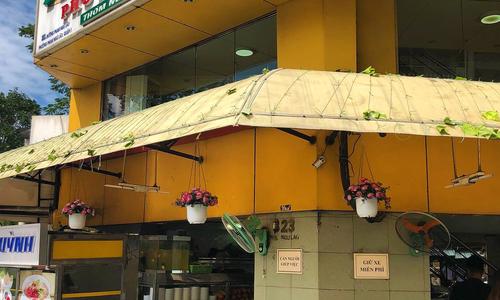 Ba quán phở lâu năm luôn kín khách ở Sài Gòn