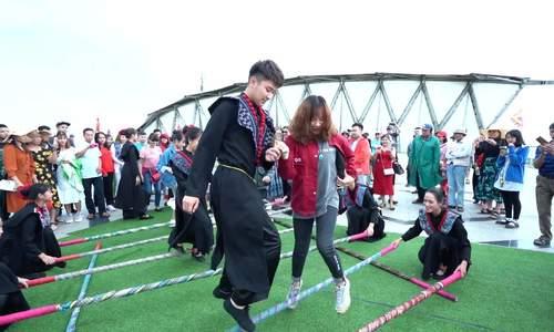 Màn nhảy sạp đạt kỷ lục Việt Nam tại Fansipan