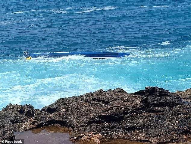 Lật thuyền ở Bali, hai người chết