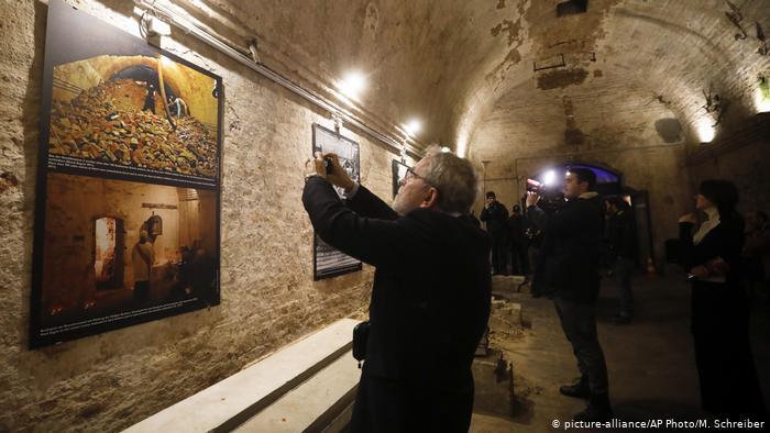 Đường hầm bí mật dưới Bức tường Berlin