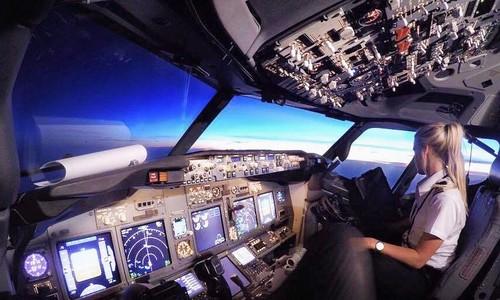 Một ngày của nữ phi công Thụy Điển