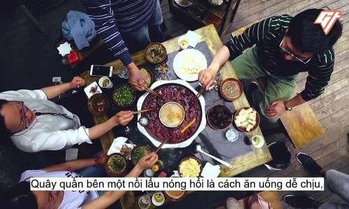 Món lẩu cay xé lưỡi chỉ có ở Trùng Khánh
