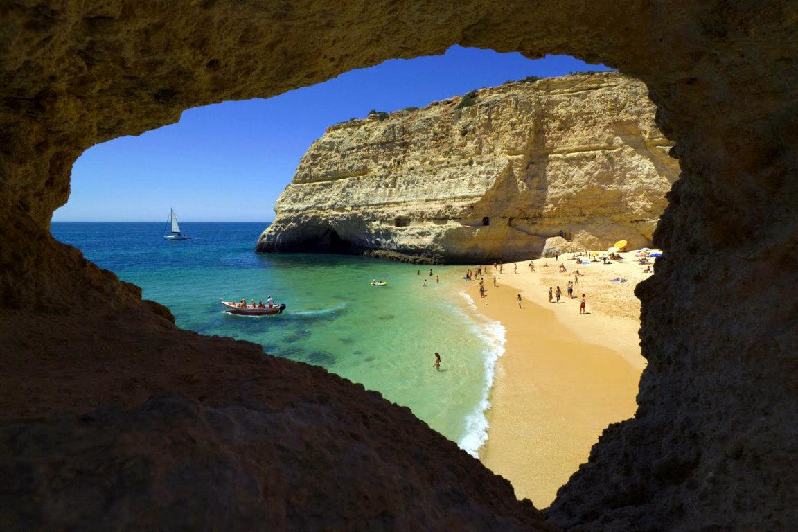 Bãi biển bí mật ở Bồ Đào Nha