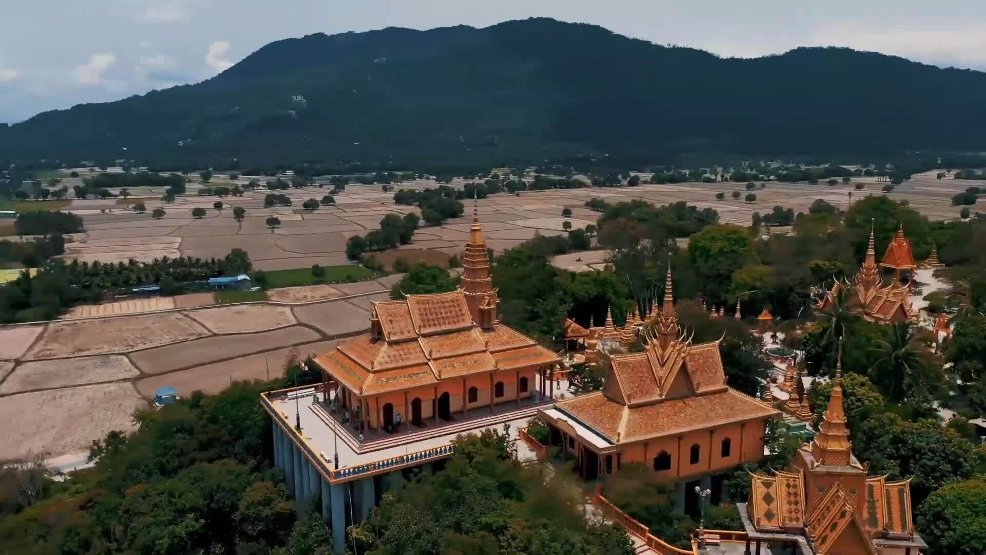 Ấn tượng từ những ngôi chùa ở An Giang
