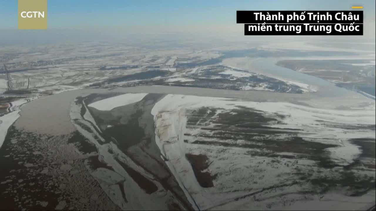 Dòng sông đóng băng 708,5 km