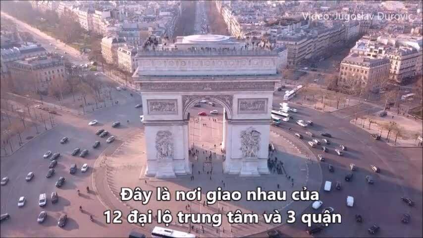 Nơi 12 con phố gặp nhau tại Paris
