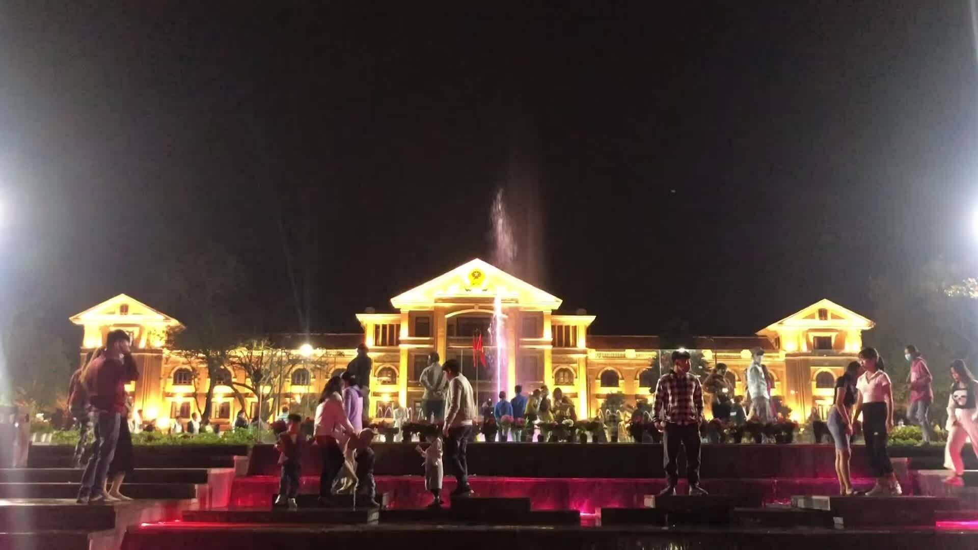 3 địa điểm hút khách về đêm ở Huế
