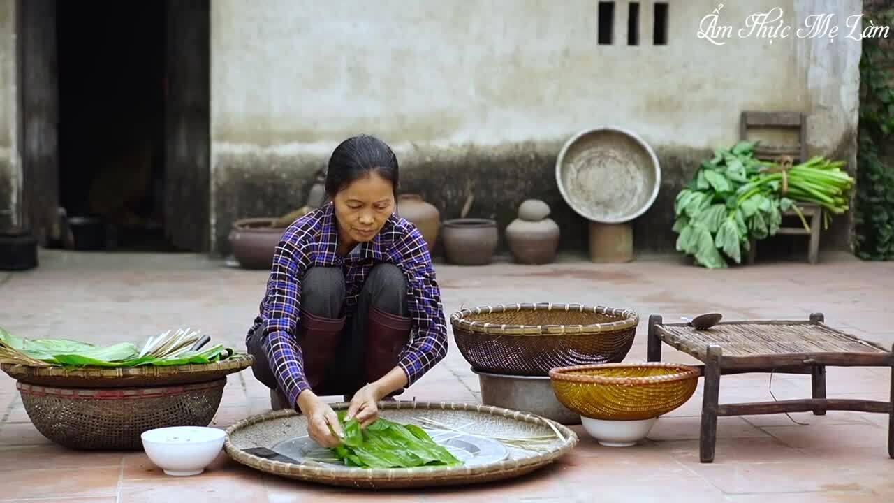 Youtube giới thiệu bánh chưng Việt Nam