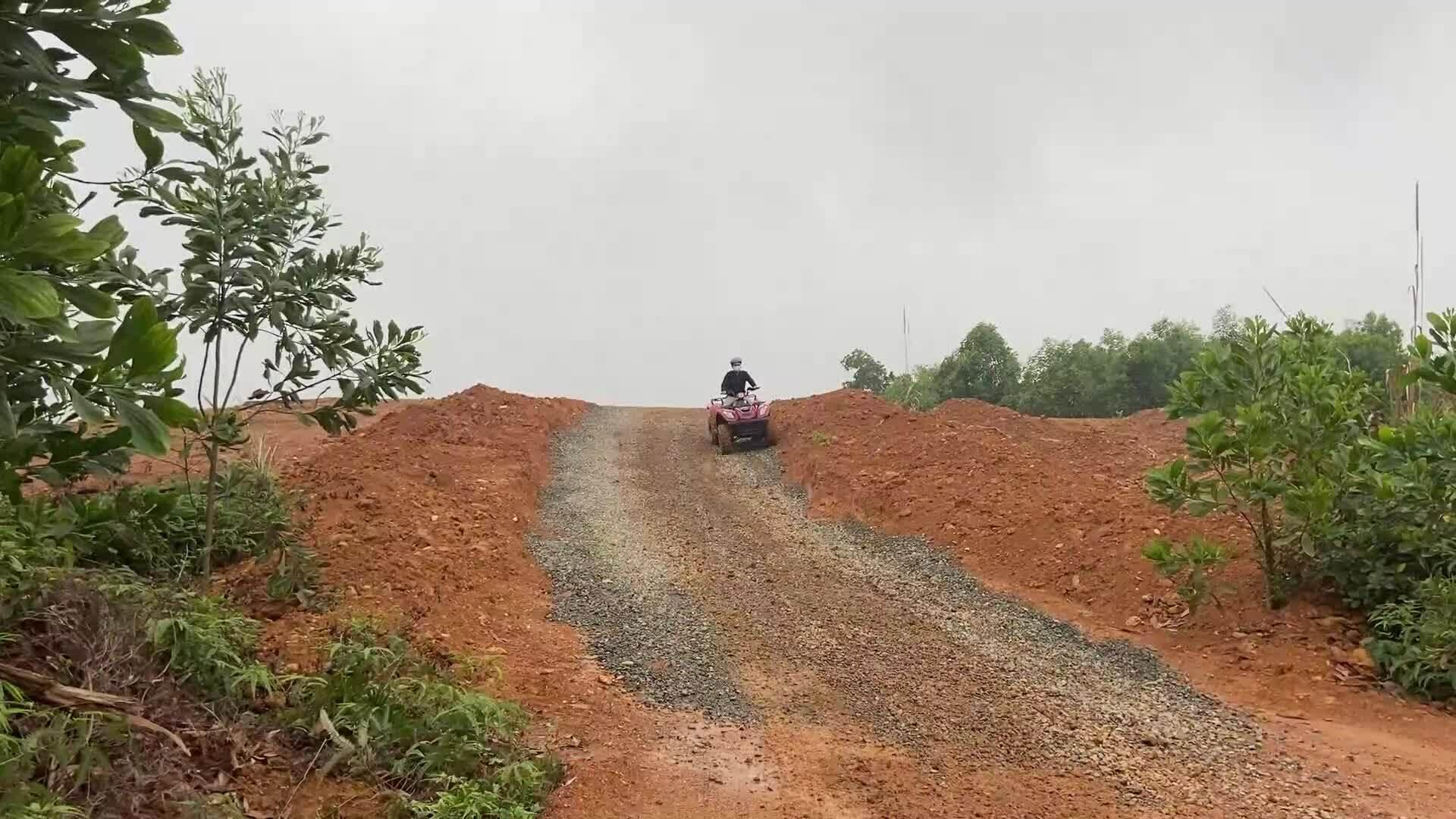 Trải nghiệm lái mô tô địa hình lần đầu tiên tại Hà Nội