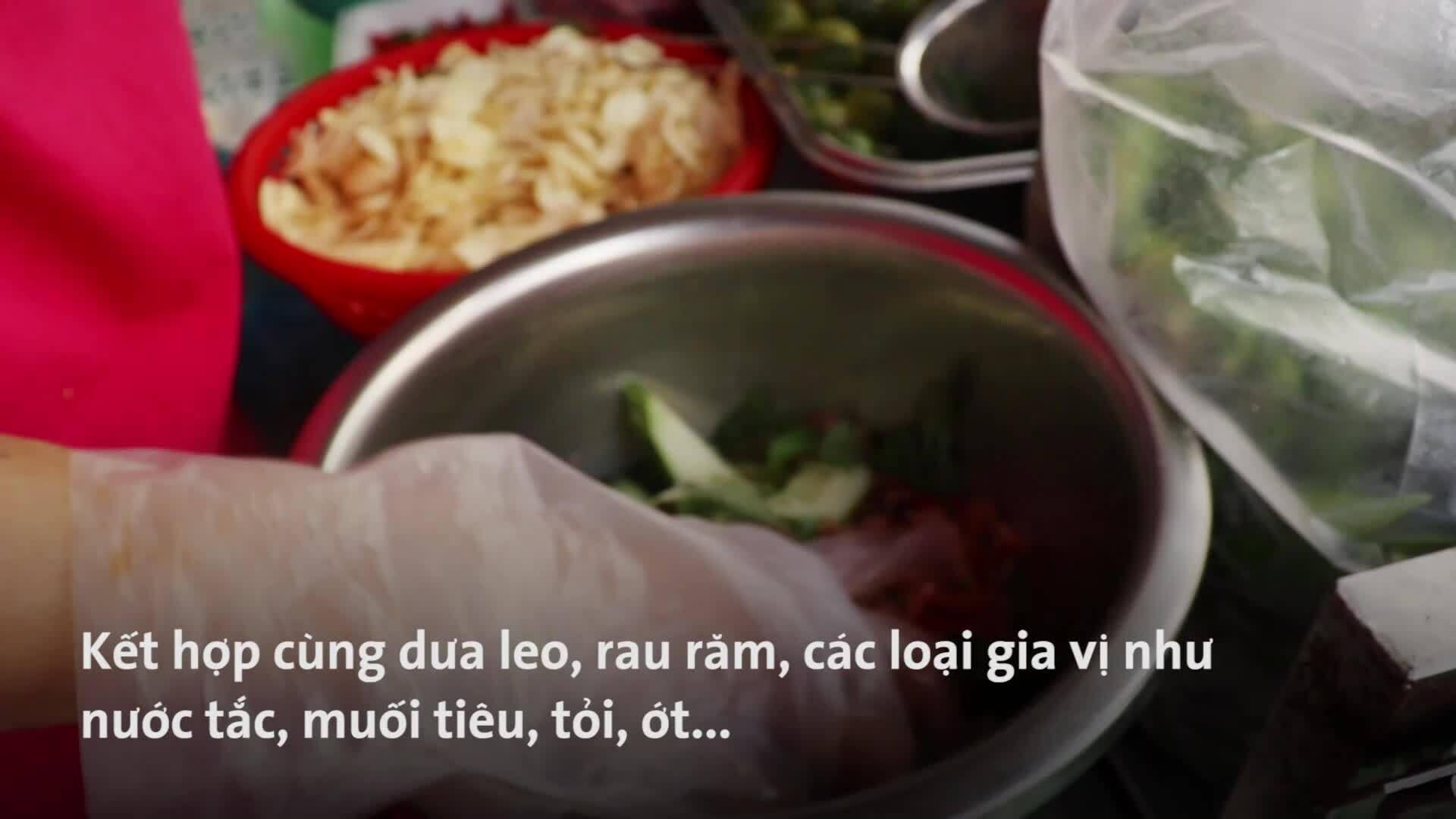 Trải nghiệm ăn vặt ở phố Nguyễn Thượng Hiền