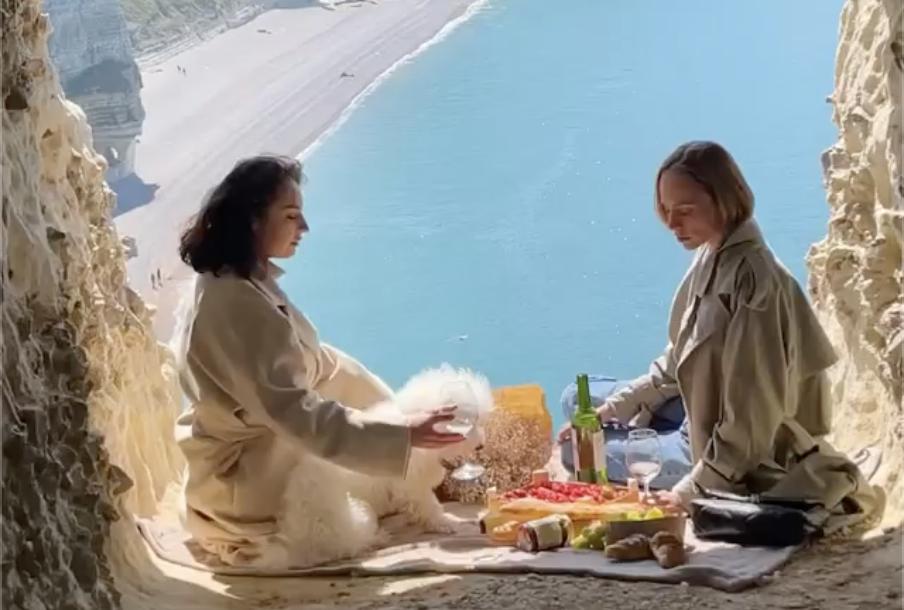 Buổi picnic có view 'thượng hạng'