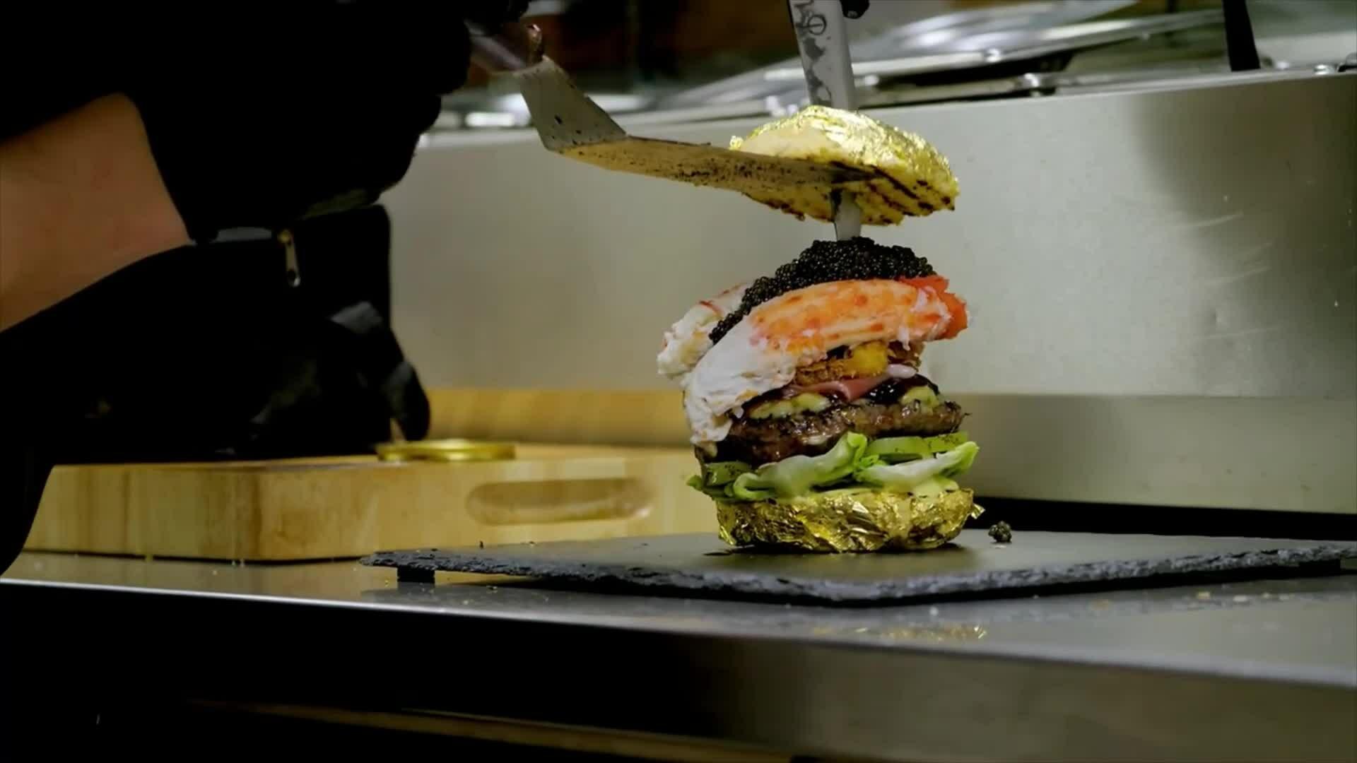 Chiếc burger đắt nhất thế giới giá 6.000 USD