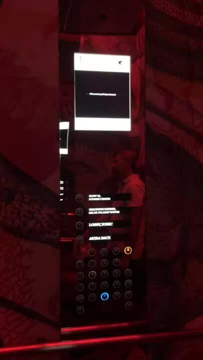 Bí mật bên trong thang máy tại các khách sạn hạng sang