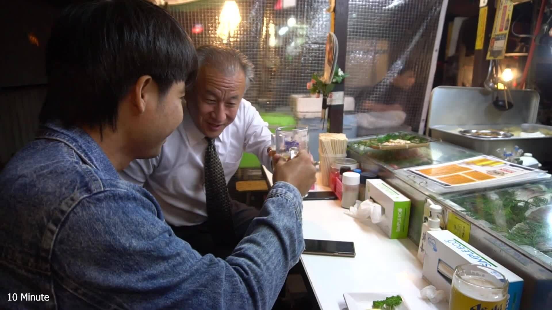 Những hàng ăn vỉa hè chỉ bán nửa đêm ở Nhật