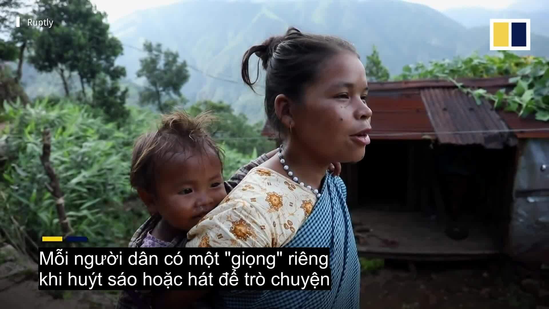 Ngôi làng nói chuyện bằng tiếng hát và huýt sáo