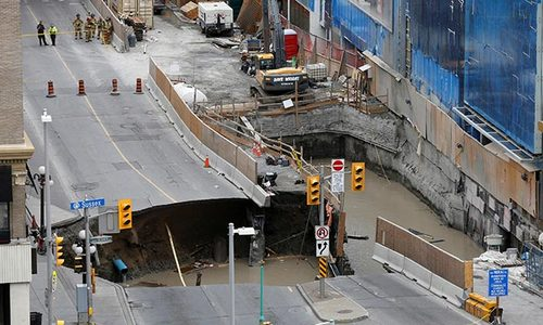 Sinkhole closes part of Canadian capital's downtown
