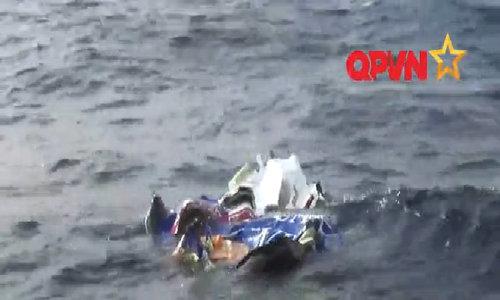 Debris of Vietnam's crashed rescue plane found