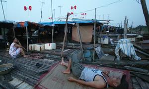 Plastic wind turbines light up Hanoi's slums