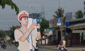 Dummy police taken off Vietnam's streets
