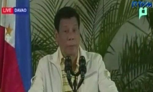 Philippines' Duterte defends drug war, lashes out at Obama